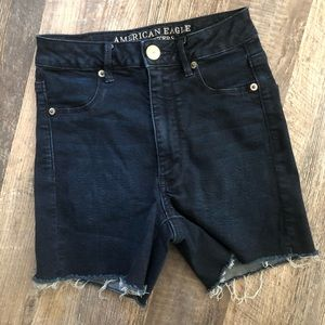 American Eagle | Dark Wash Super Stretch Shorts